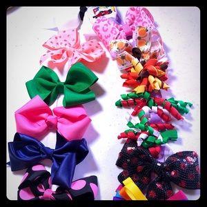 Accessories - Hair bows! 🎀